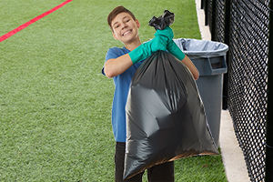 Tough garbage bags that make cleanup easy